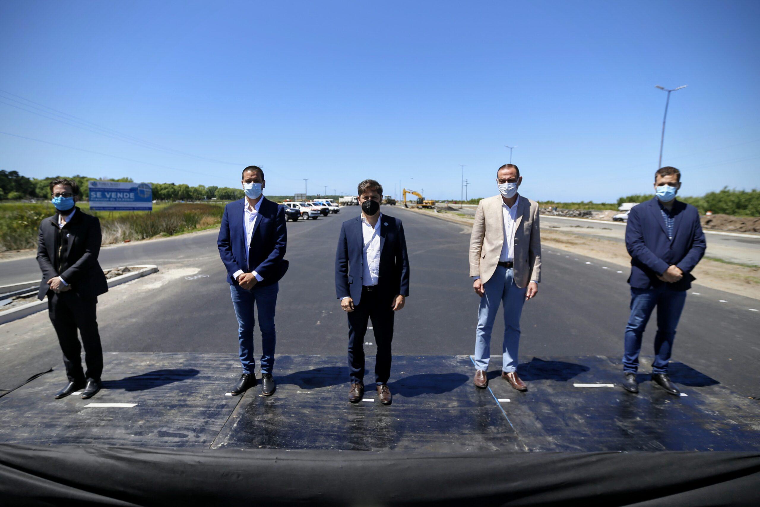 El gobernador de Buenos Aires recorrió las obras en ruta 11