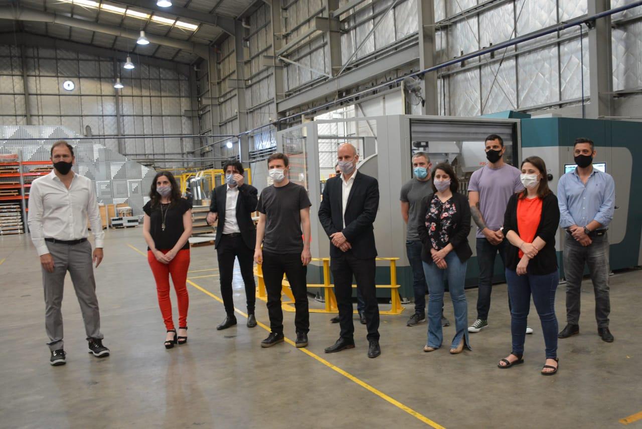 El intendente de General Rodríguez junto al ministro Costa visitaron empresas locales